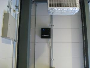 工場内コントローラー設置